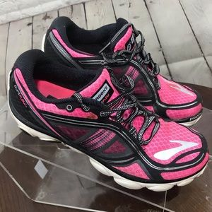 GUC 7 BROOKS Pure Flow Pink running shoes